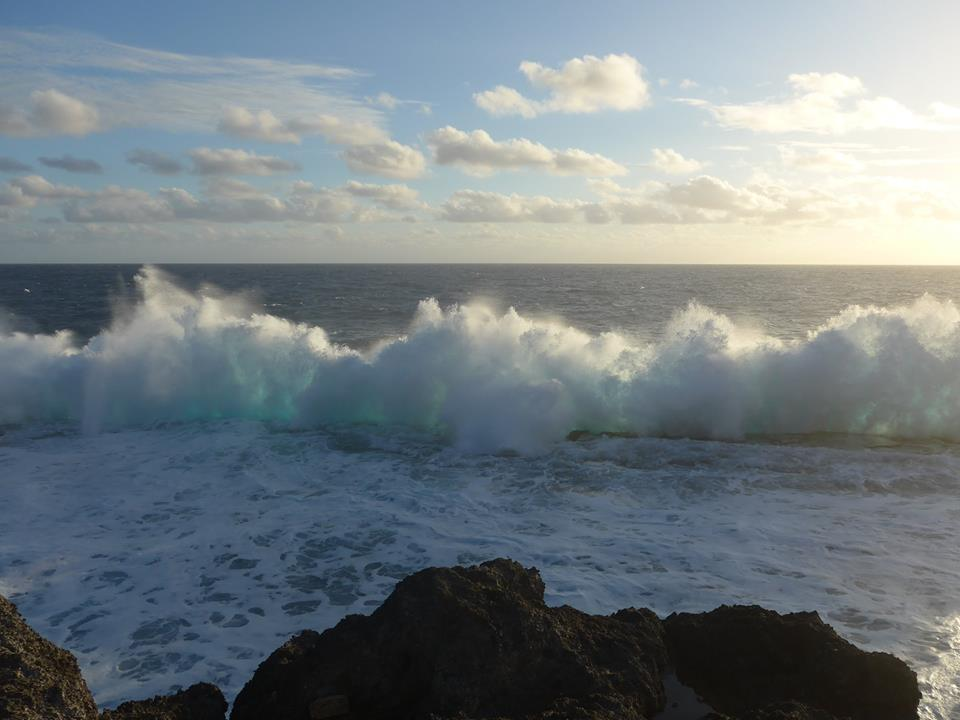 Turquoise Wave at Blow Holes